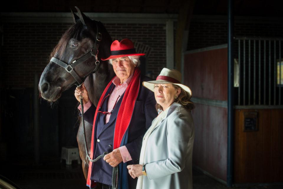 Cor en Jeanette van Zadelhoff op landgoed Groenevecht met Fries paard.