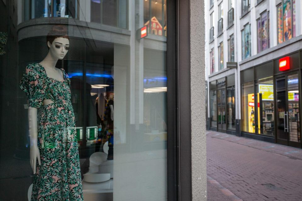 Nederland, Amsterdam, 31-03-2020. Kalverstraat
