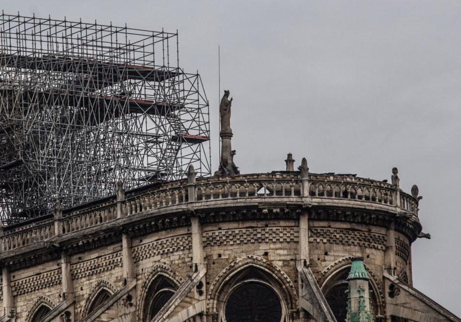 Frankrijk, Parijs, 17-04-2019Notre Dame, de dag na de verwoestende brand in de kathedraal. Foto: Peter Boer